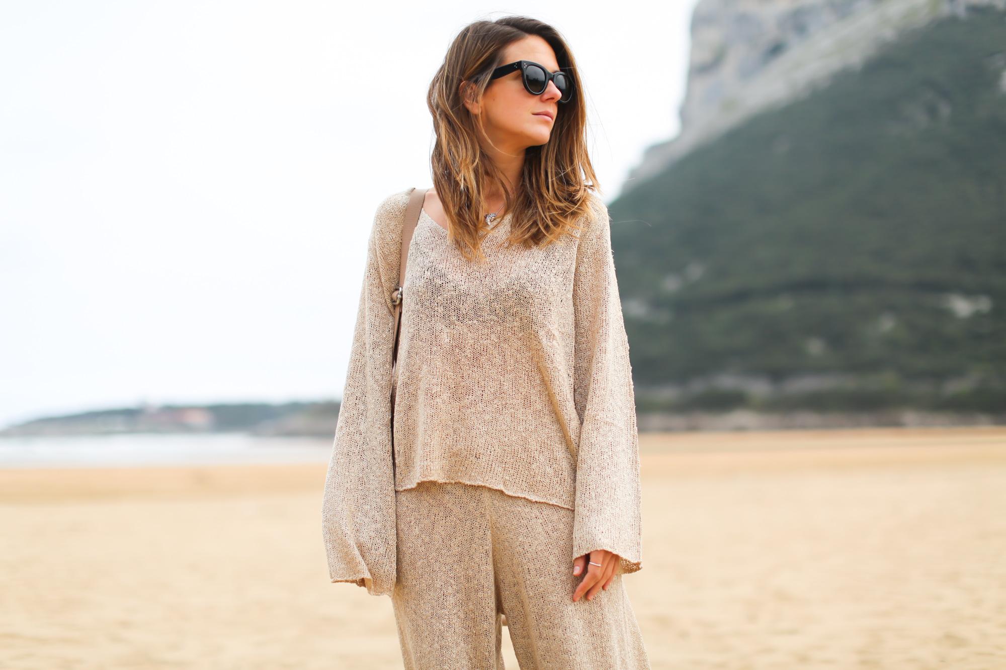 Clochet_conjunto_punto_beige_Zara-4