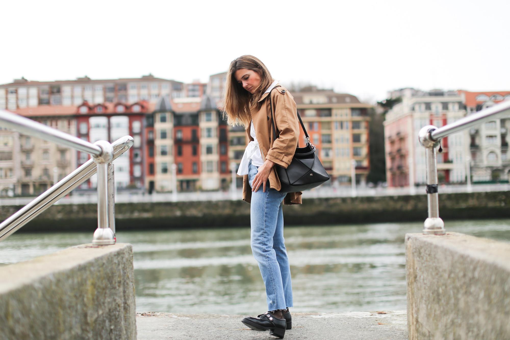 Clochet_streetstyle_fashionblogger_vintagehighwaistedjeans_purificaciongarciatangram_zapatosoxfordSandroParis-3