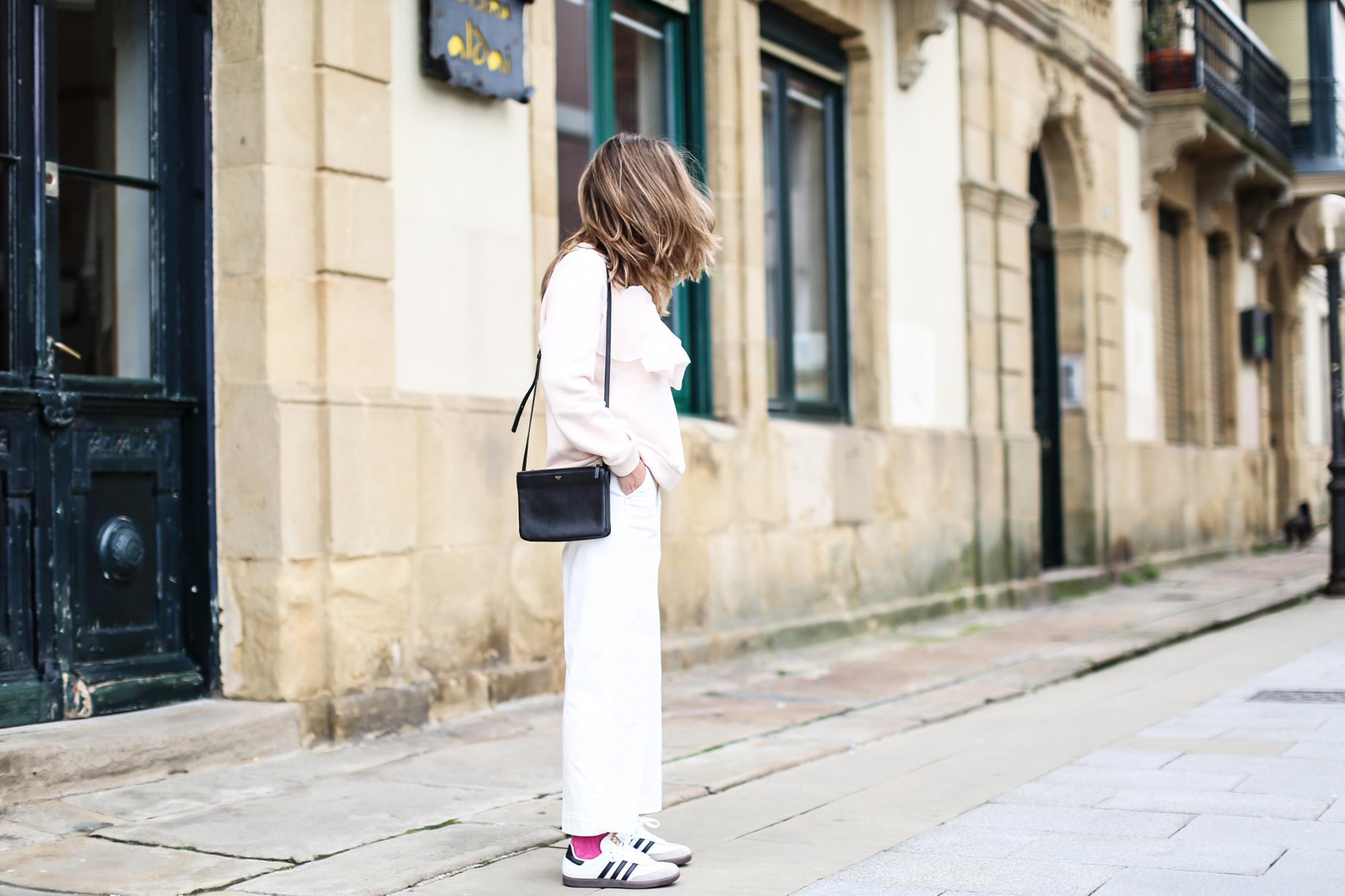 clochet pantalones culotte blancos