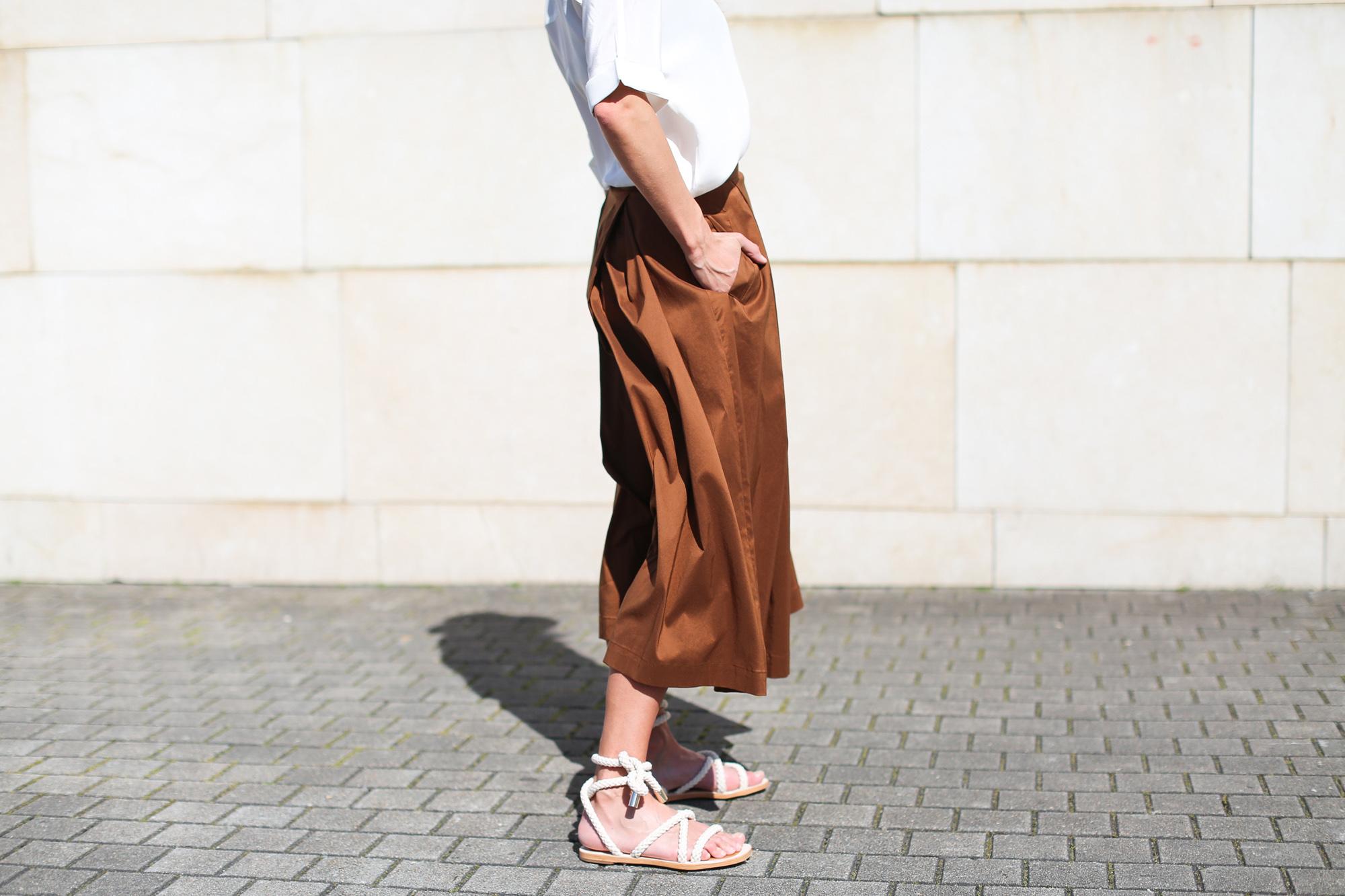 clochet falda minimil
