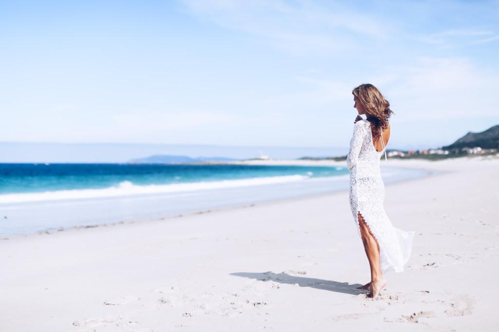 Vestido largo blanco de encaje